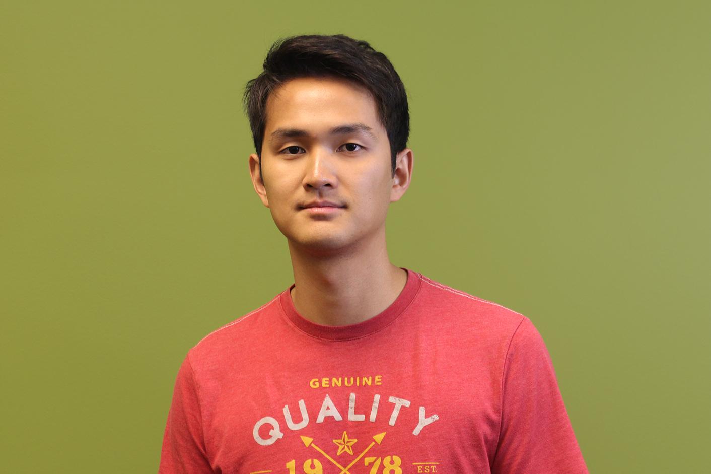 Tony Deng Headshot